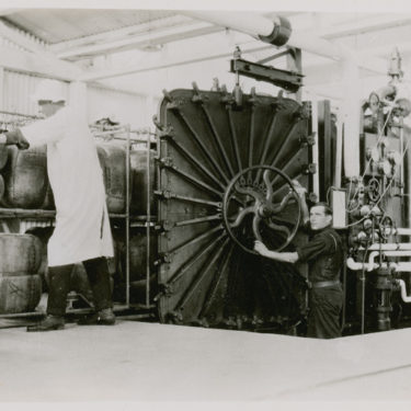 The autoclave